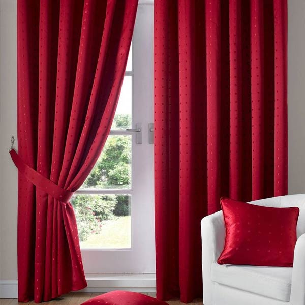 curtains-red